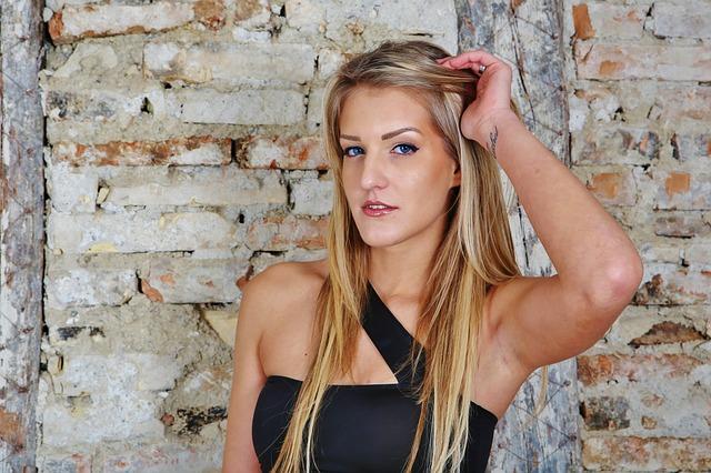blonďatá modelka