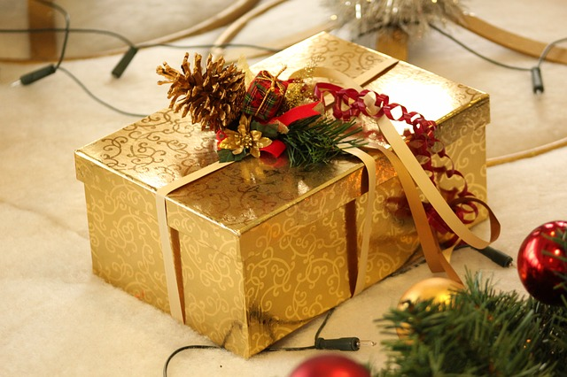 dárek s dekorací