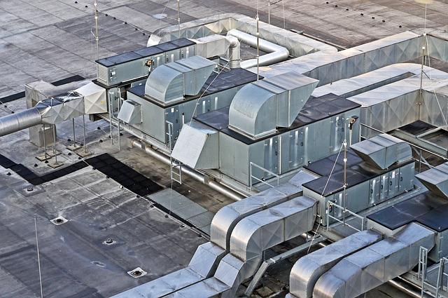 vzduchotechnika na střeše