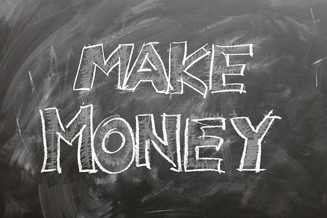 nadpis vydělávej peníze